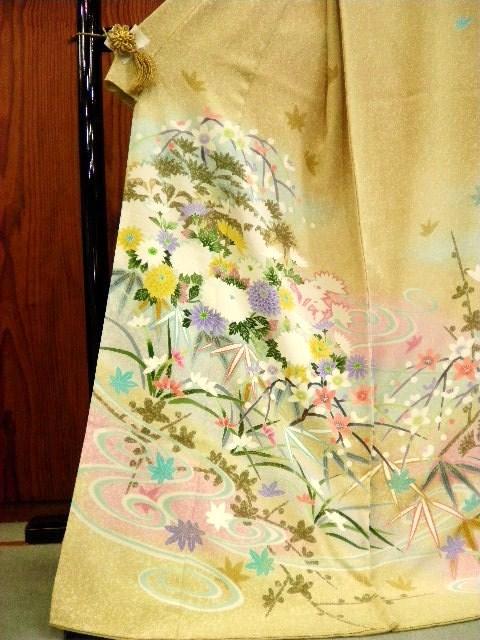 きもの 婦久や~阿波市・美馬市・三好市・勝浦・佐那河内・名西~お嫁入り/結婚式の着物(留袖・色留袖・訪問着・付け下げ・色無地・袋帯)揃えてございます。