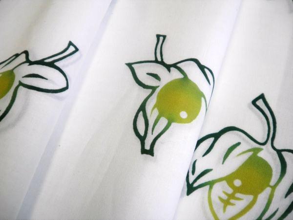 徳島市の竺仙浴衣販売店「きもの 婦久や(ふくや)」です。竺仙浴衣に似合うインドネシア・バリのアタバックを揃えてございます。