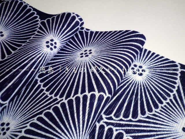 竺仙 浴衣 反物 綿絽 白地 濃紺 渦に桔梗 萩 菊 すすき 古典モダン  徳島 浴衣 婦久や tokushima kimono fukuya